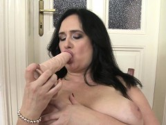 chubby-euro-mature-pleasures-herself