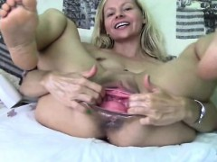 Huge Pussy Gaping Part-1