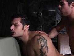 gay-boy-begins-stripping-on-web-camera