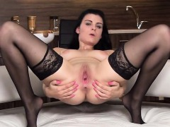 Wacky Czech Chick Spreads Her Yummy Vulva To The Bizarre