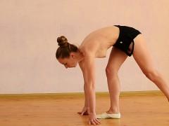 anna-mostik-the-hot-russian-gymnast