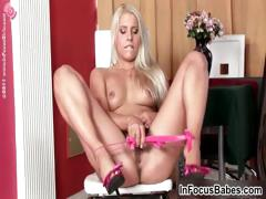 blonde-stunner-loves-to-play-with-her-part5