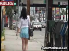 poor-amateur-girls-sharked-in-public