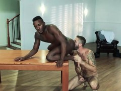 Muscle Bear Interracial With Facial Cum