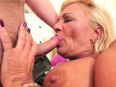 hairy-pussy-pornstar-oral-and-cum-in-mouth