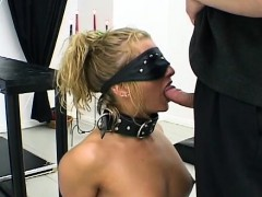 girl gets some slit torture whilst being all tied up