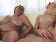 hairy granny pussylicked by sweet lesbian WWW.ONSEXO.COM