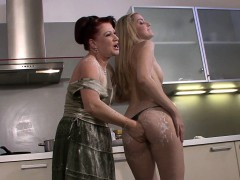 He Caught Blonde Teen Lesbian Toying Old Pussy