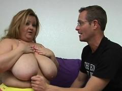 fat slut is performing great oral joy to her dark boyfriend WWW.ONSEXO.COM