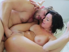Veronica Avluvs Pussy Gaping And Squirting