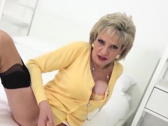 unfaithful british mature lady sonia pops out her monster boobs8 WWW.ONSEXO.COM