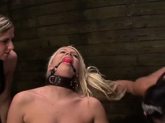 wild mistress shoves strapon up a beauties gaping muff WWW.ONSEXO.COM