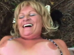 Bubble Butt Veteran Slut Likes It Hard And Deep In The Woods