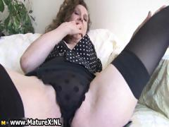 erotic-older-lady-in-sexy-lingerie-loves-part4