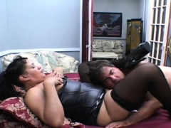 nude-angels-in-high-class-facesitting-lesbian-act-on-cam