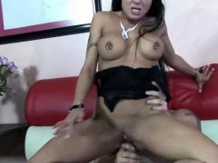 Brunette MILF Mahina Zaltana fucks hard and gets a creampie