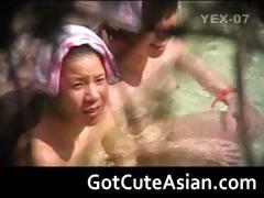 hidden-webcam-taken-in-japan-part4