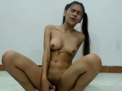 perfect shaved cammodel enjoys her massive dildo