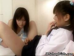 extremely-hot-japanese-schoolgirls-part5
