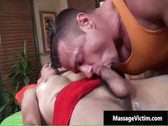 hot-and-horny-dude-gets-the-massage-part5
