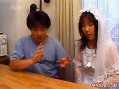 asian-in-bride-dress-shows-butt-upskirt