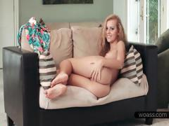 close-up-with-jessie-rogers-hot-pussy