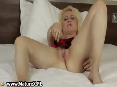 mature-blond-housewife-cant-part1