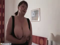 horny-brunette-mature-woman-gets-her-part6