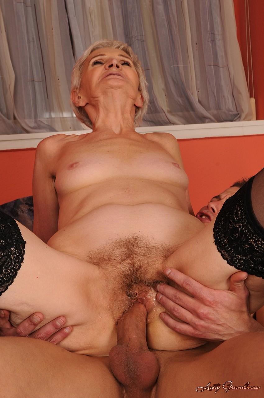 Порно фотографии с старыми бабушками