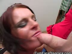 british-skank-taking-amateur-facials