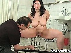 Hot Sexy Big Boobed Busty Babe Gets Part1