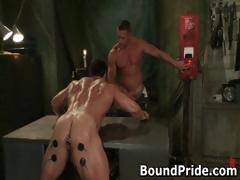 tyler-and-vince-hunky-muscle-gays-part3