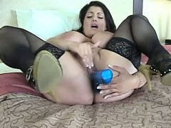 Dolly Busty Arab Solo
