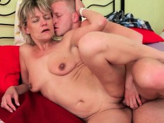 Mom Needs No Strings Attached Sex