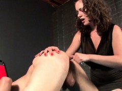 kinky-sex-slave-gets-ass-toyed-and-tortured
