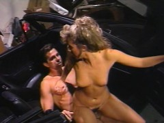 peter-north-fucks-a-hot-blond-slut-in-a-parked-car