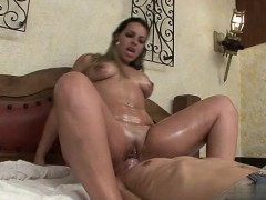 asshole-close-up-creampie