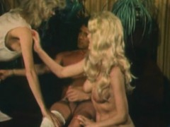 Two Blondes Fucked By Dude In A Threeway