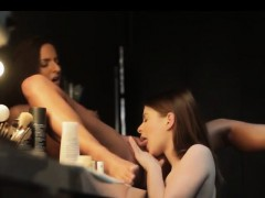 horny-lesbians-licking-pussy-backstage