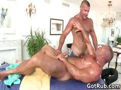 Fine Guy Gets Amazing Gay Massage Part1