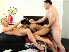 Dylan Phoenix and Kira Noir threesome on masage table