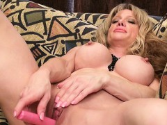 Housewife Extreme Penetration
