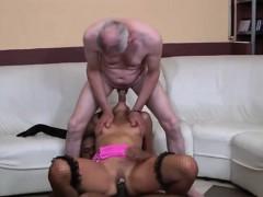 sexy-amateur-blonde-pov