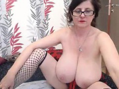 granny-with-very-saggy-breasts