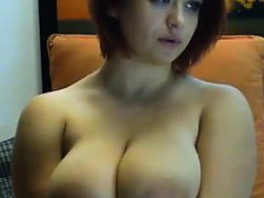 pretty-girl-fingering-her-pussy