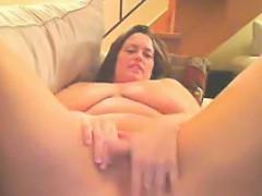 bbw-with-big-boobs-masturbates