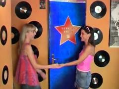 Teen Webcam Sexy Youthful Lesbians