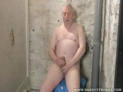 Chubby Silverdaddy Jerking Off