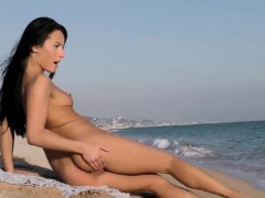 flawless-czech-bombshell-lexi-dona-masturbates-and-gets-off