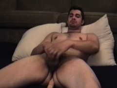 amateur-andrew-beats-off-with-toy